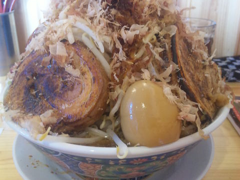 麺マッチョ ダンベル